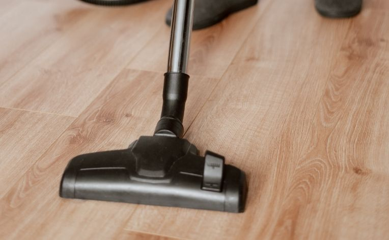 Vacuum on Healthy Hardwood Flooring